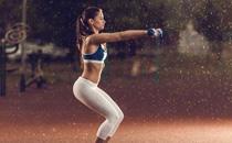 练深蹲可以翘臀吗 女人练深蹲翘臀最好的方法